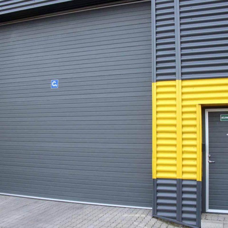 dideli-pramoniniai-garazo-vartai